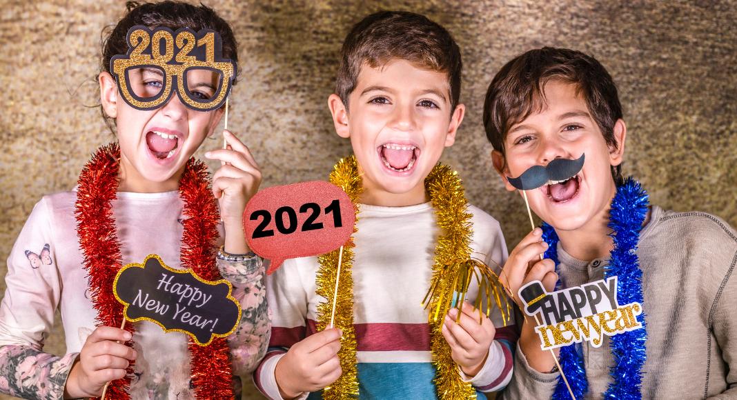 kids celebrating New year's eve