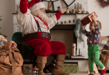 santa with little kid